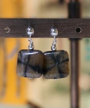 Boucles d'oreilles en Andalousite du Brésil